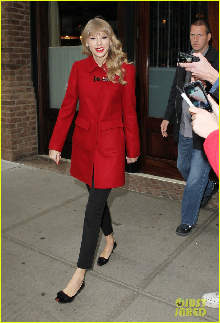 taylor swift late show with david letterman guest 152743606
