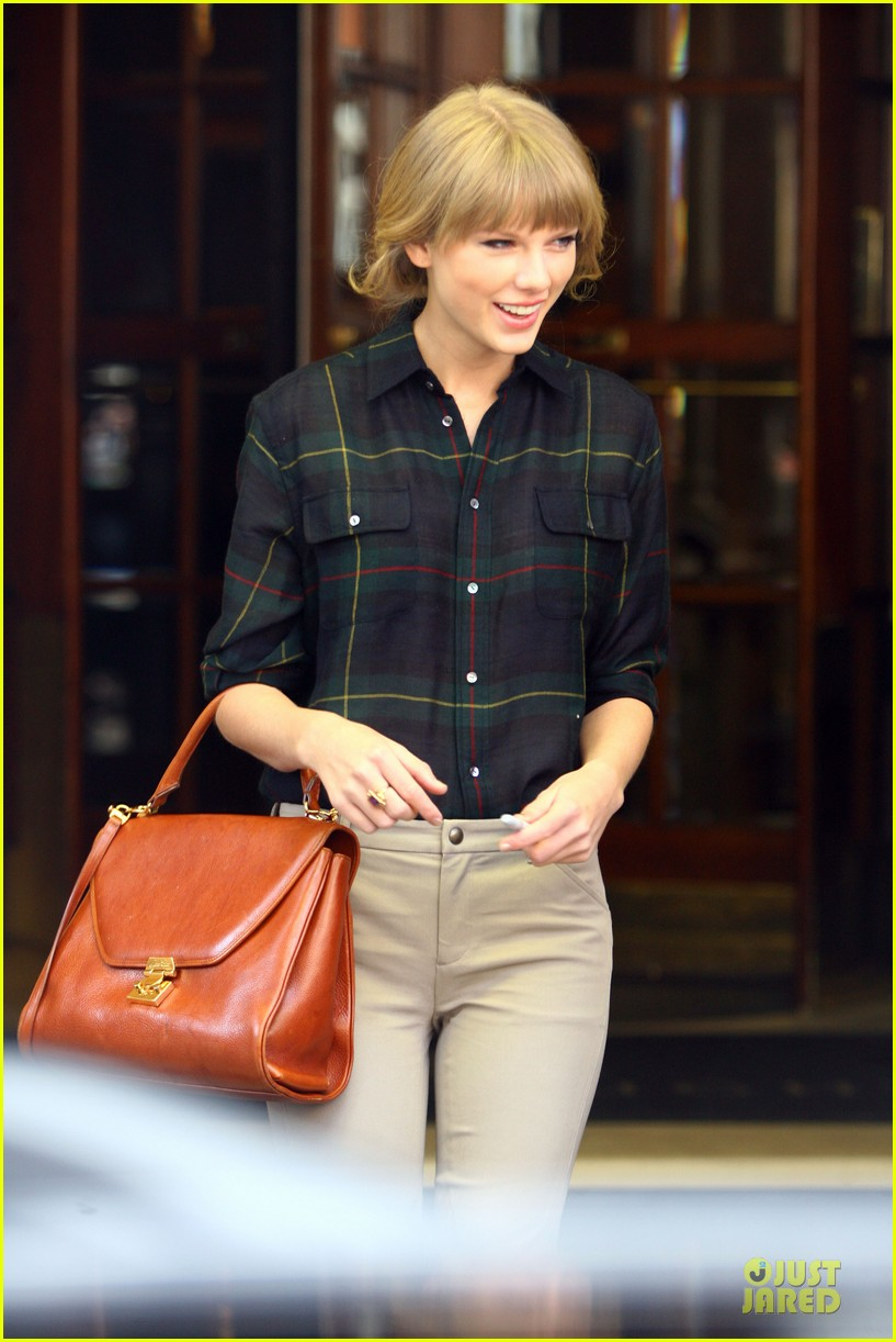 taylor swift i would much rather my personal life be sung about 122733994