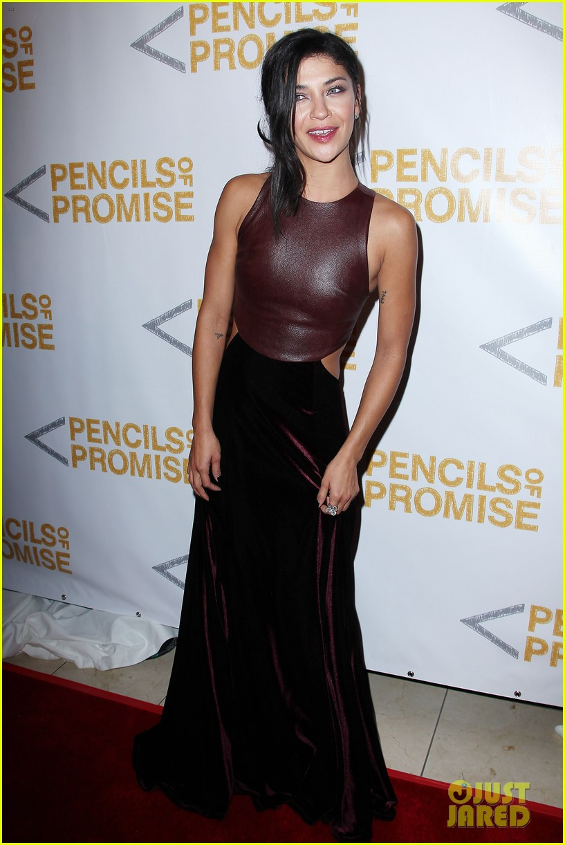 usher jessica szohr pencils for promise gala 11