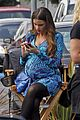 sofia vergara fake baby bump on modern family set 05