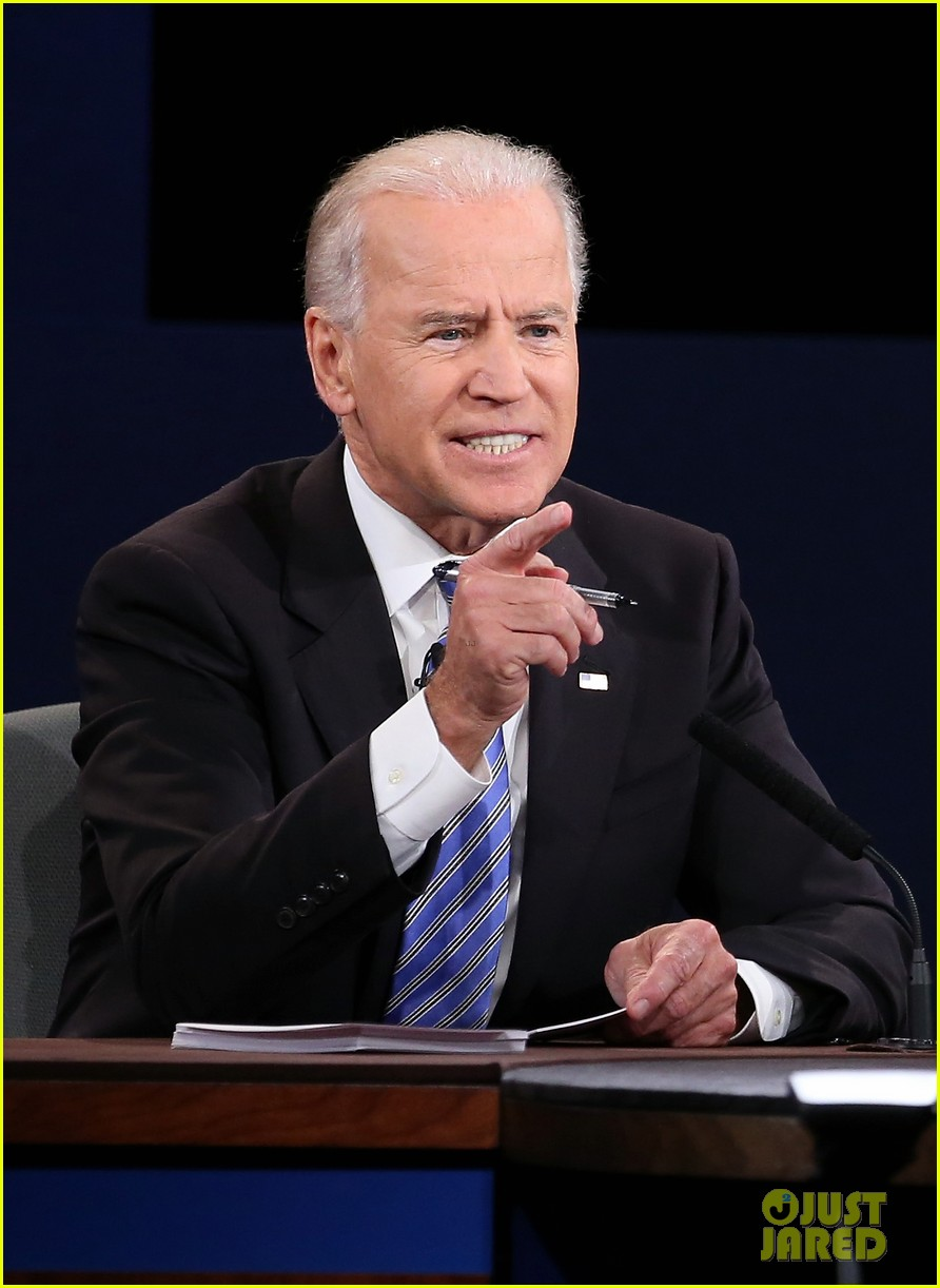 watch vice presidential debate with joe biden paul ryan 012736850
