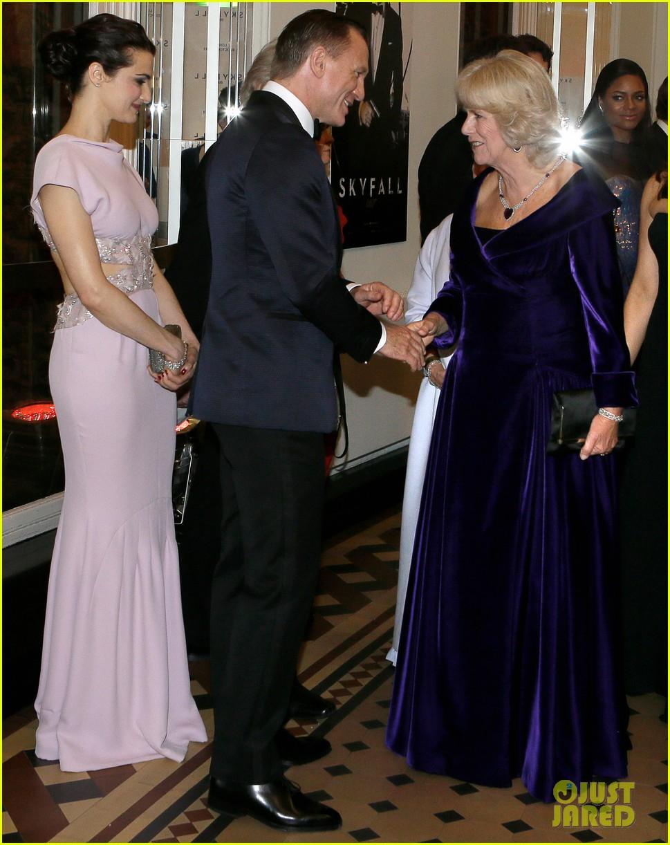 rachel weisz daniel craig meet the royals at skyfall premiere 012743728