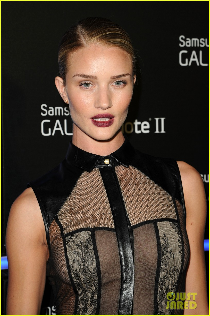 rosie huntington whiteley samsung galaxy launch party 052745475