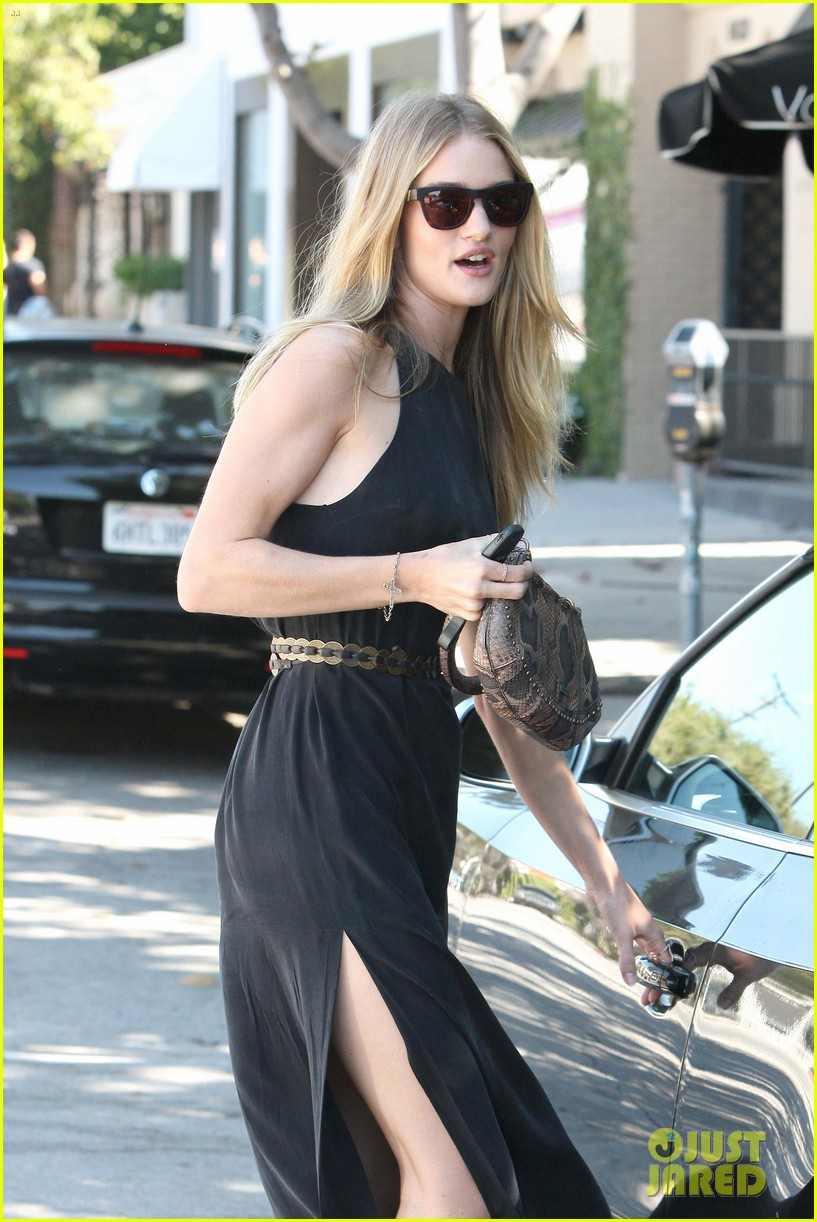 rosie huntington whiteley lunches in weho jason statham works in nola 02