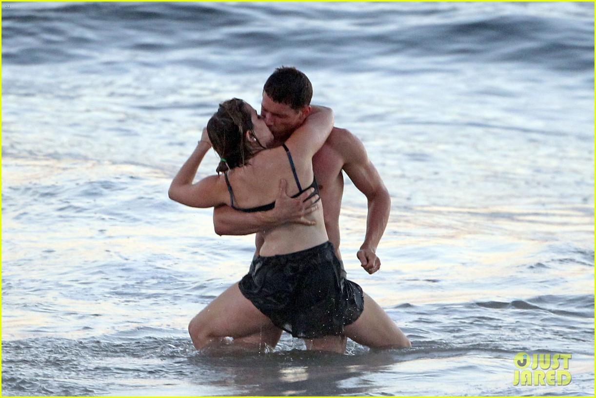 mae whitman matt lauria steamy parenthood beach scenes 082739976