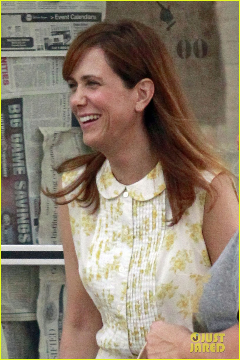 kristen wiig first look hateship set 012744378
