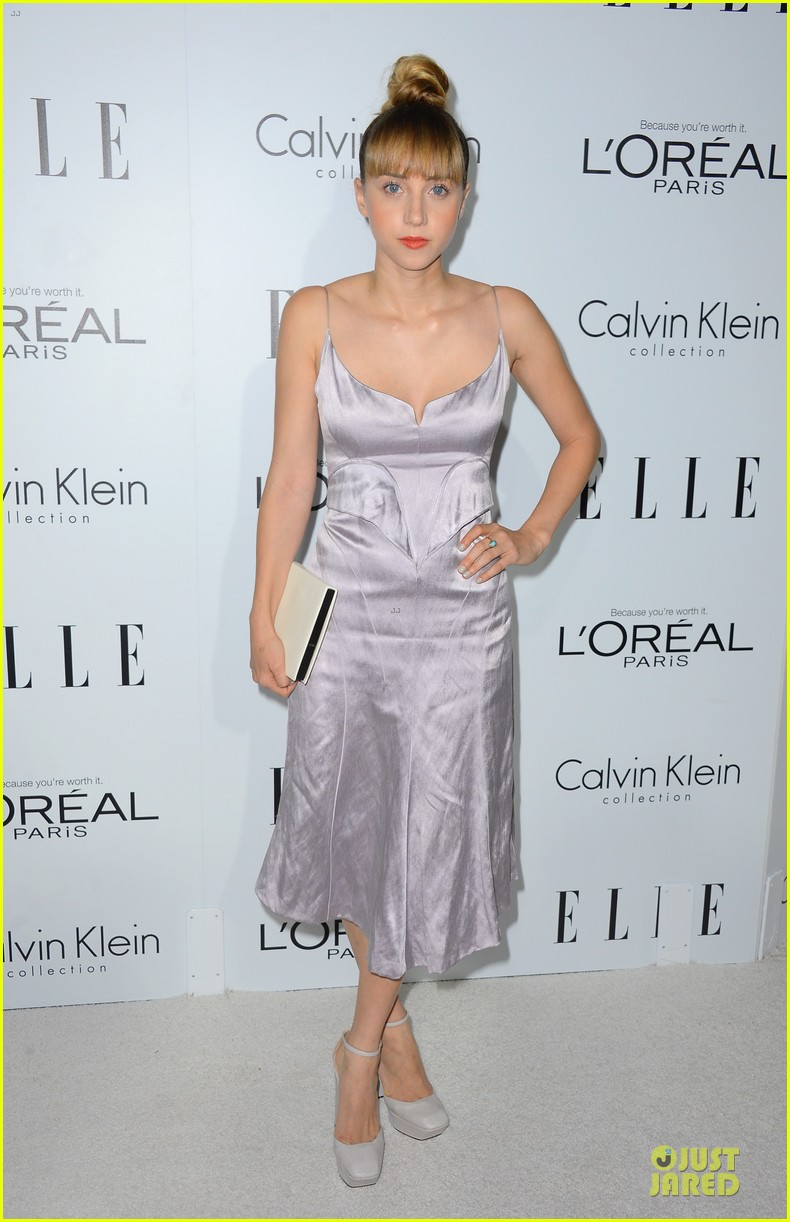 kristen wiig teresa palmer elle women in hollywood 012739046