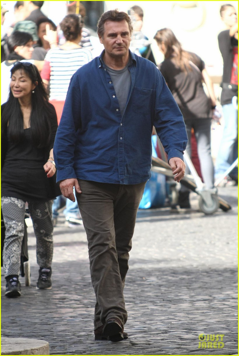 olivia wilde the third person set with liam neeson 13