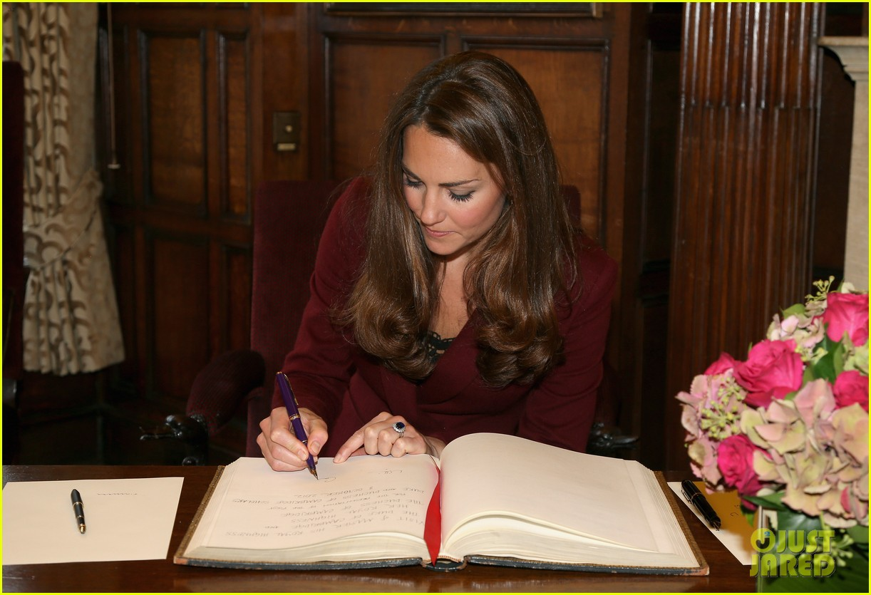 prince william duchess kate middle temple scholars visit 04