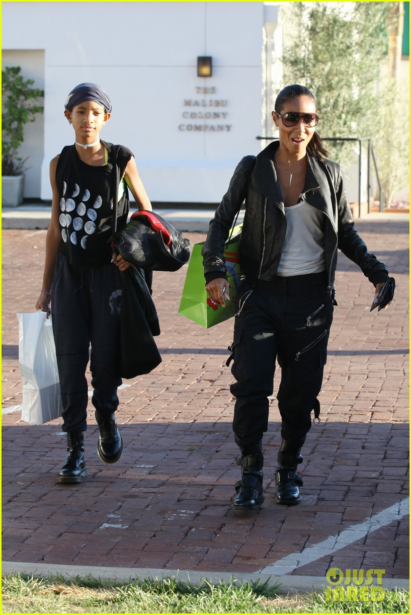 willow smith tra di noi lunch with mom jada 012739769