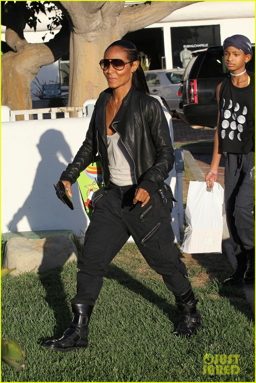willow smith tra di noi lunch with mom jada 272739795