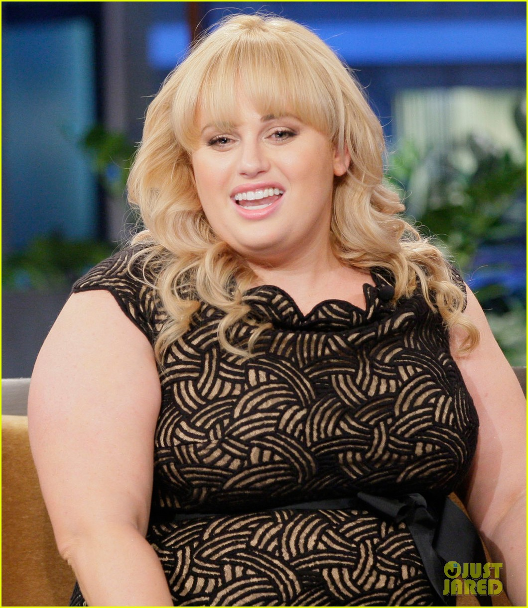 rebel wilson tonight show with jay leno appearance 012731616