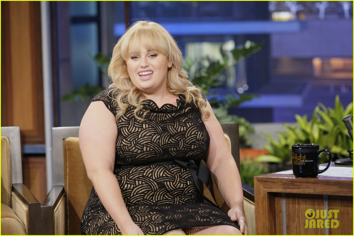 rebel wilson tonight show with jay leno appearance 03