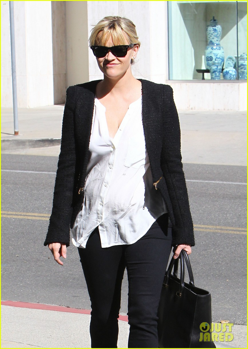 reese witherspoon neiman marcus mama 022744301
