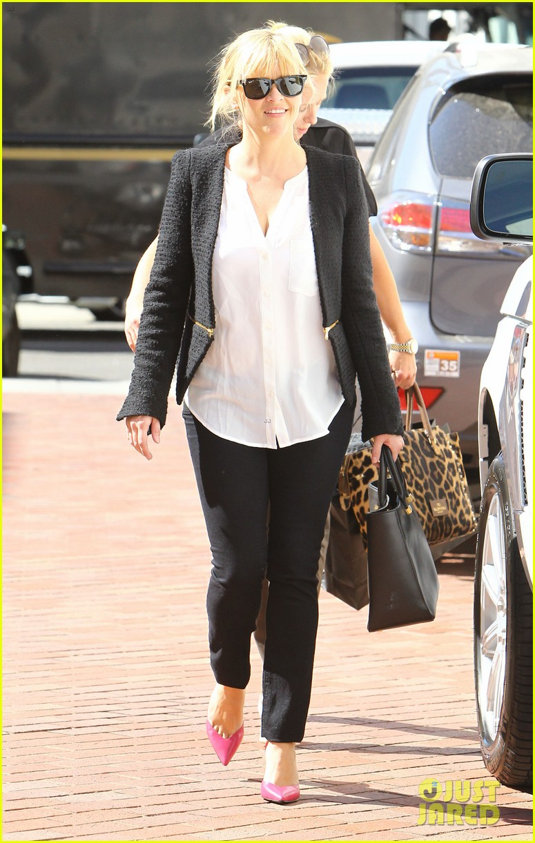reese witherspoon neiman marcus mama 032744302