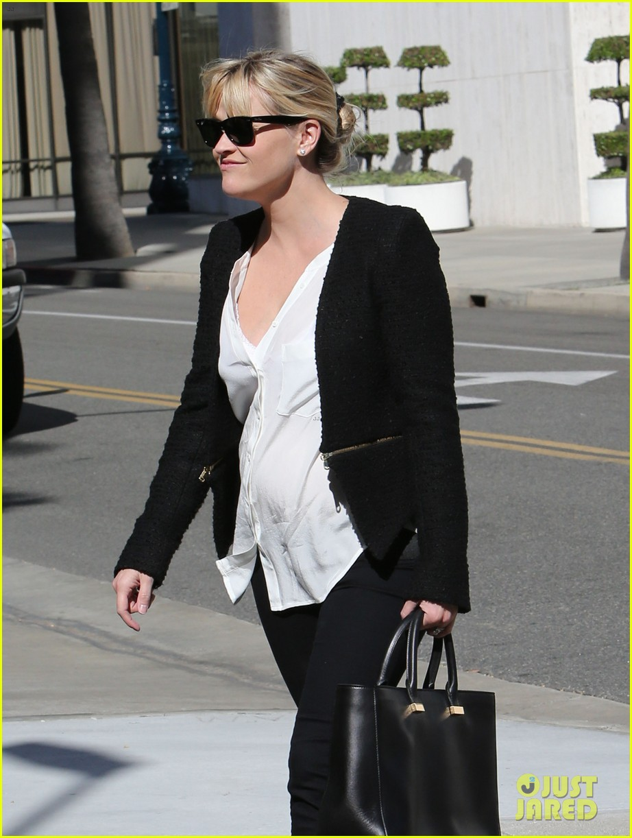 reese witherspoon neiman marcus mama 042744303