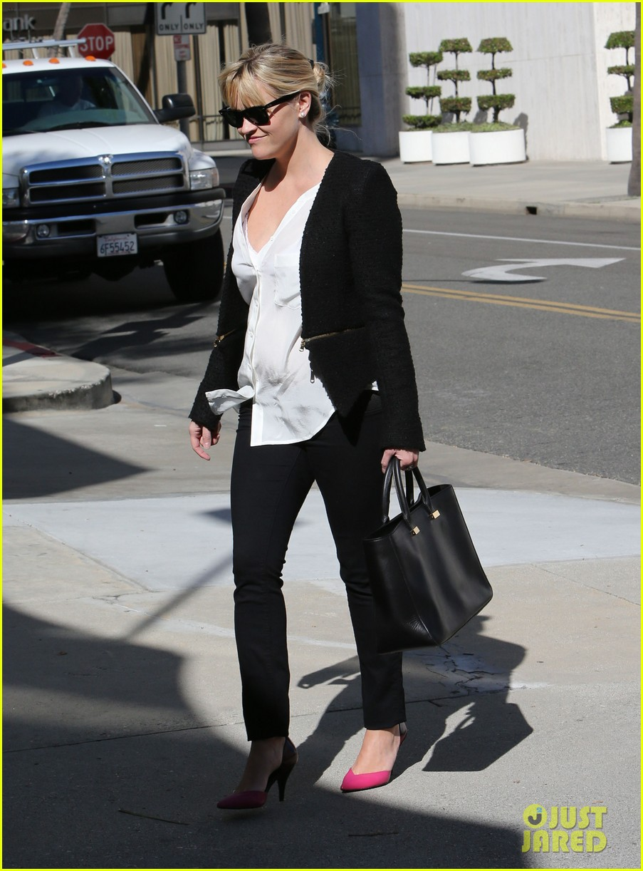 reese witherspoon neiman marcus mama 162744315