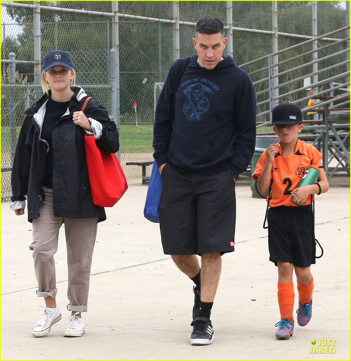 reese witherspoon jim toth deacons soccer game 052741613