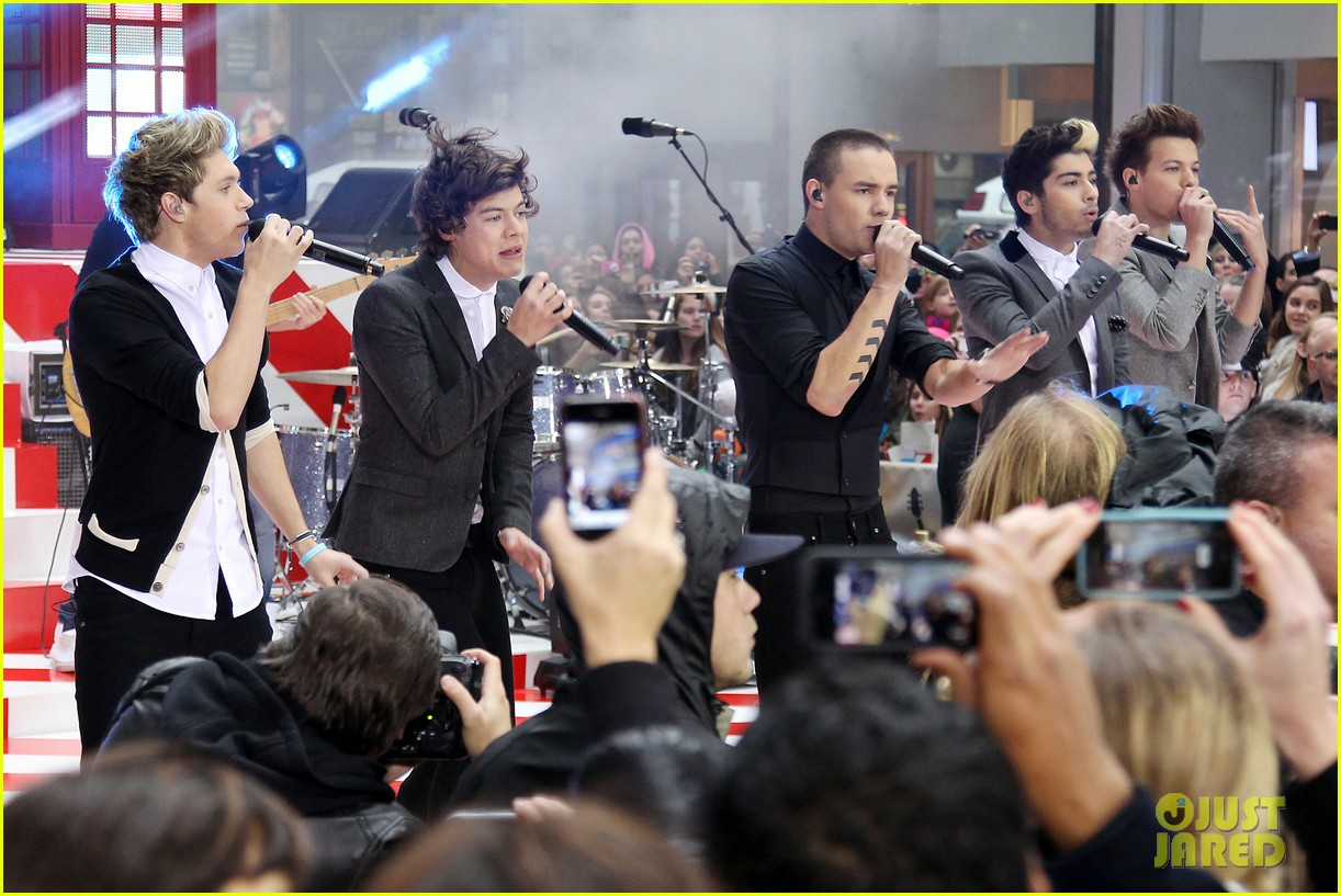 one direction announces 3d movie on today show 162756564