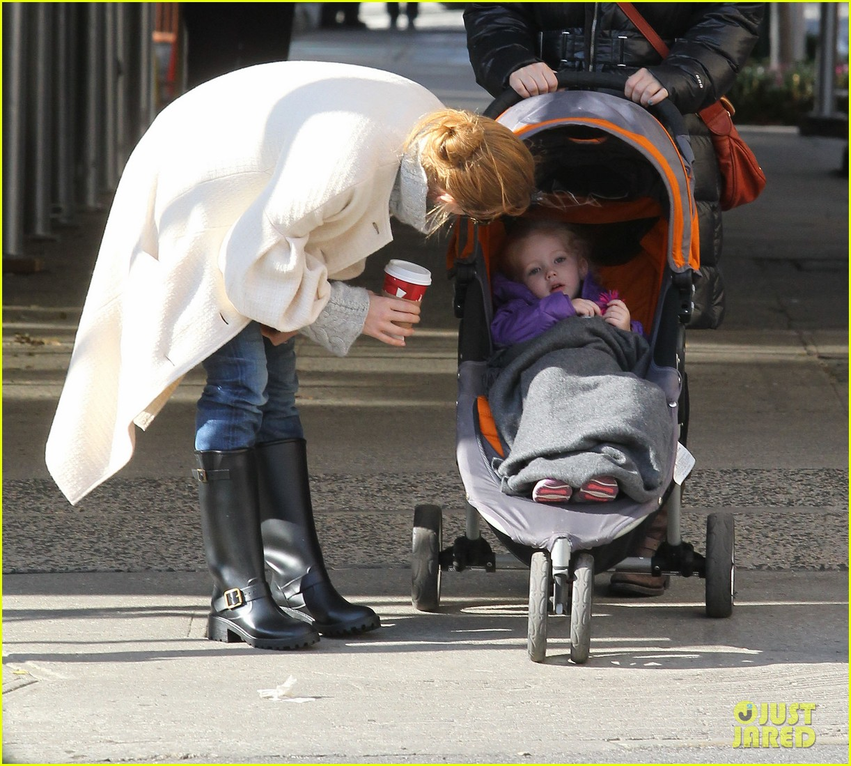 amy adams big apple family time 062766004