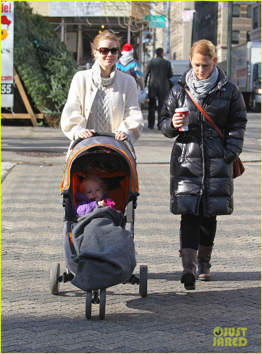 amy adams big apple family time 122766010