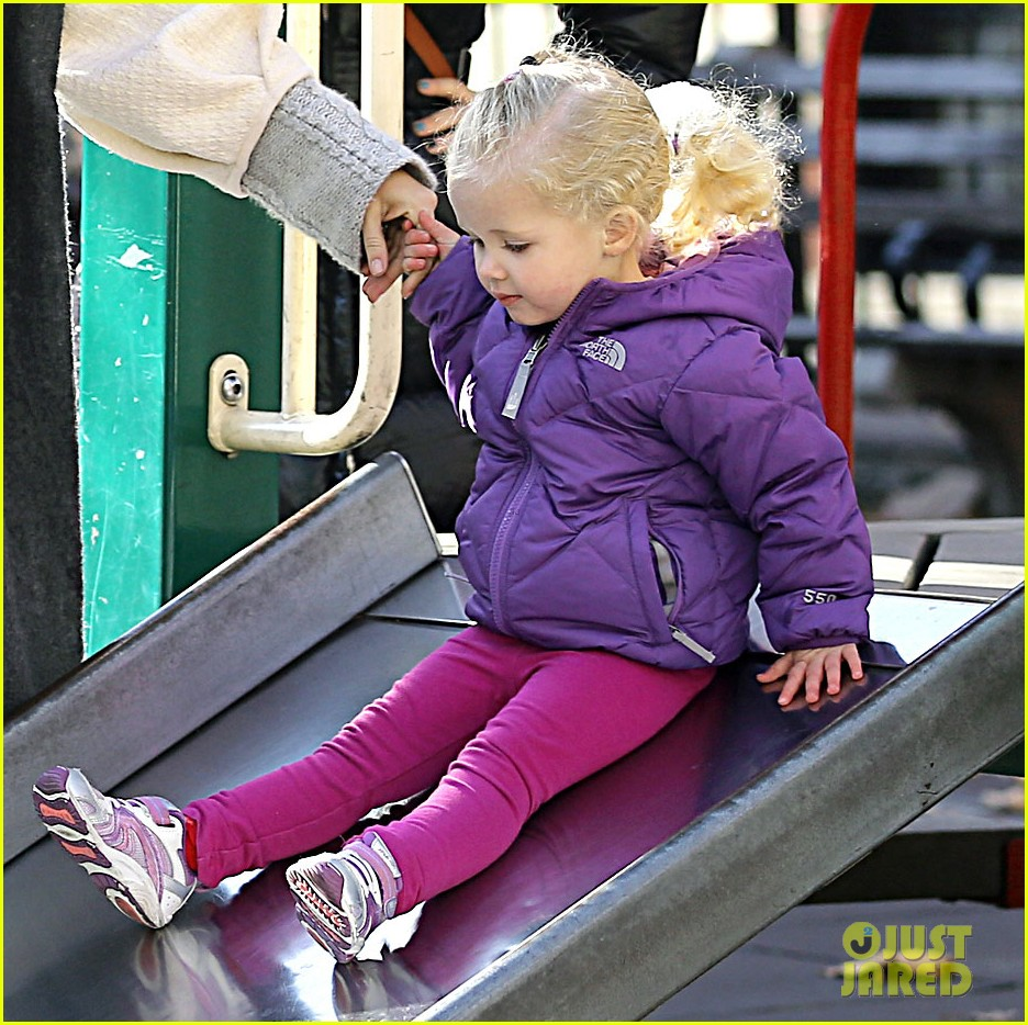 amy adams park playtime aviana 032766497