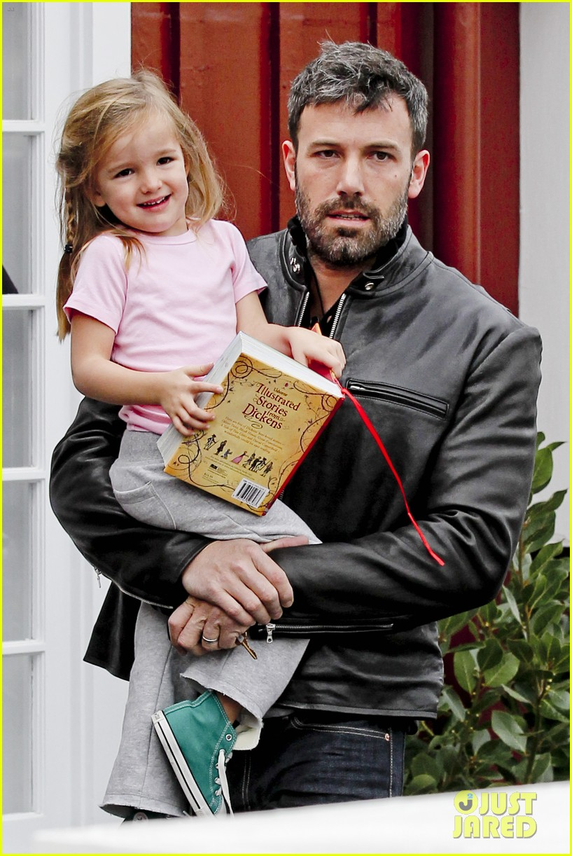 ben affleck daddys day with violet seraphina 182754048