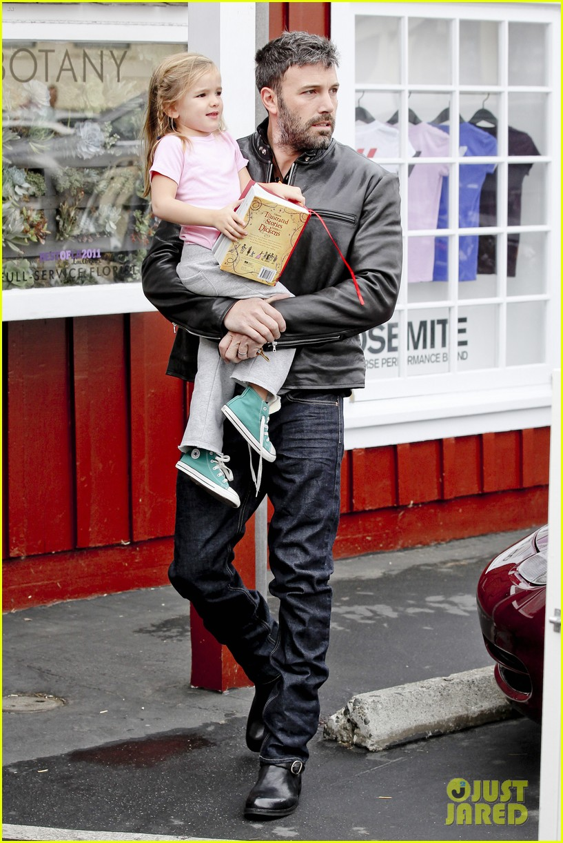 ben affleck daddys day with violet seraphina 202754050