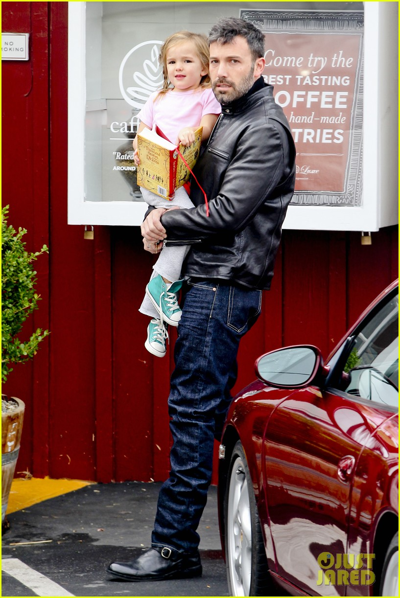 ben affleck daddys day with violet seraphina 222754052