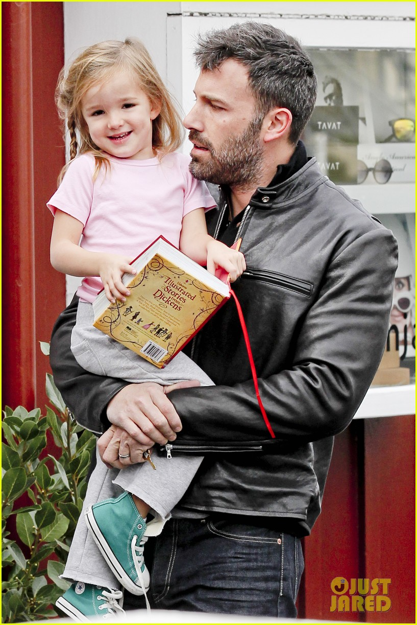 ben affleck daddys day with violet seraphina 282754058