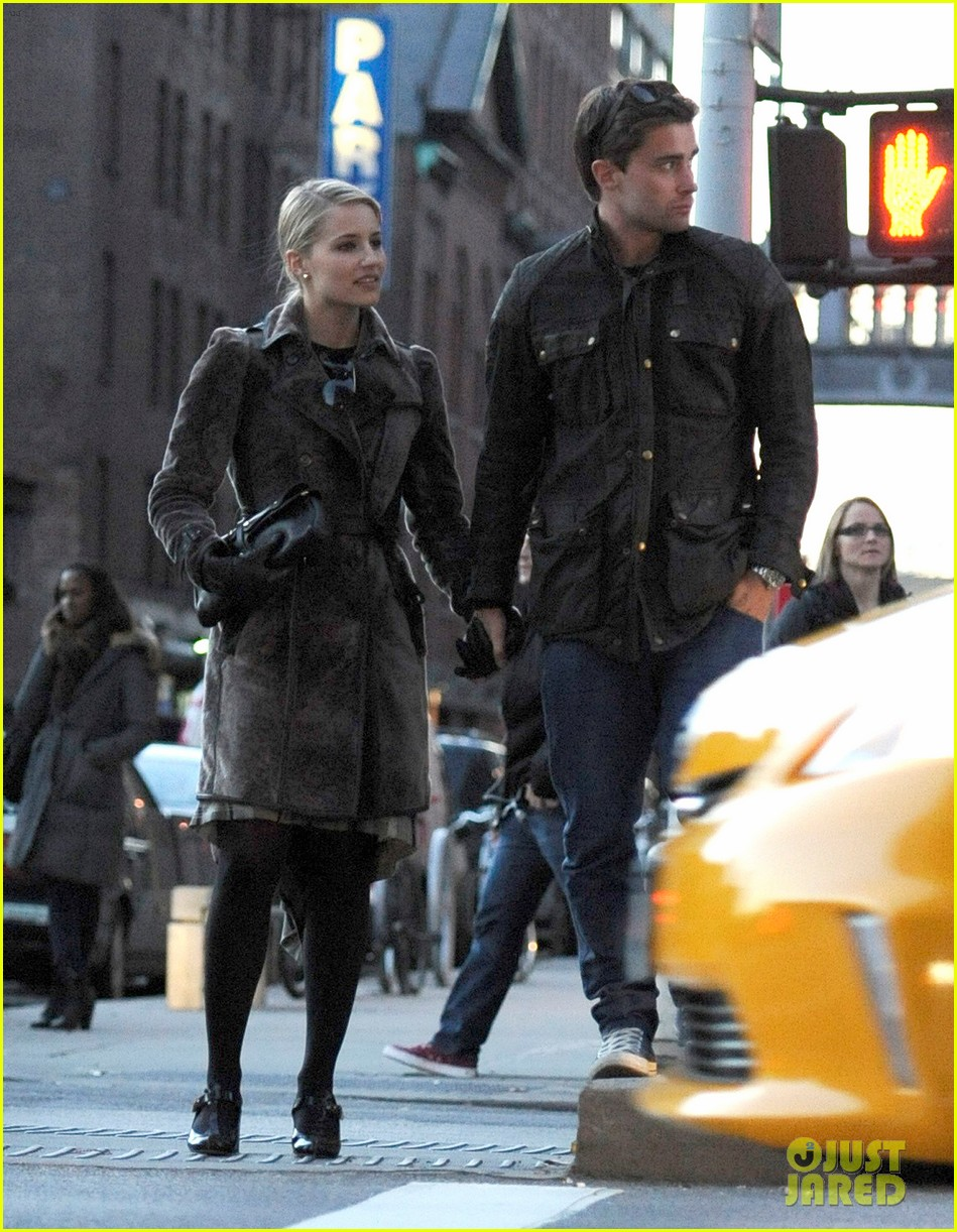 dianna agron christian cooke holding hands in nyc 052758336