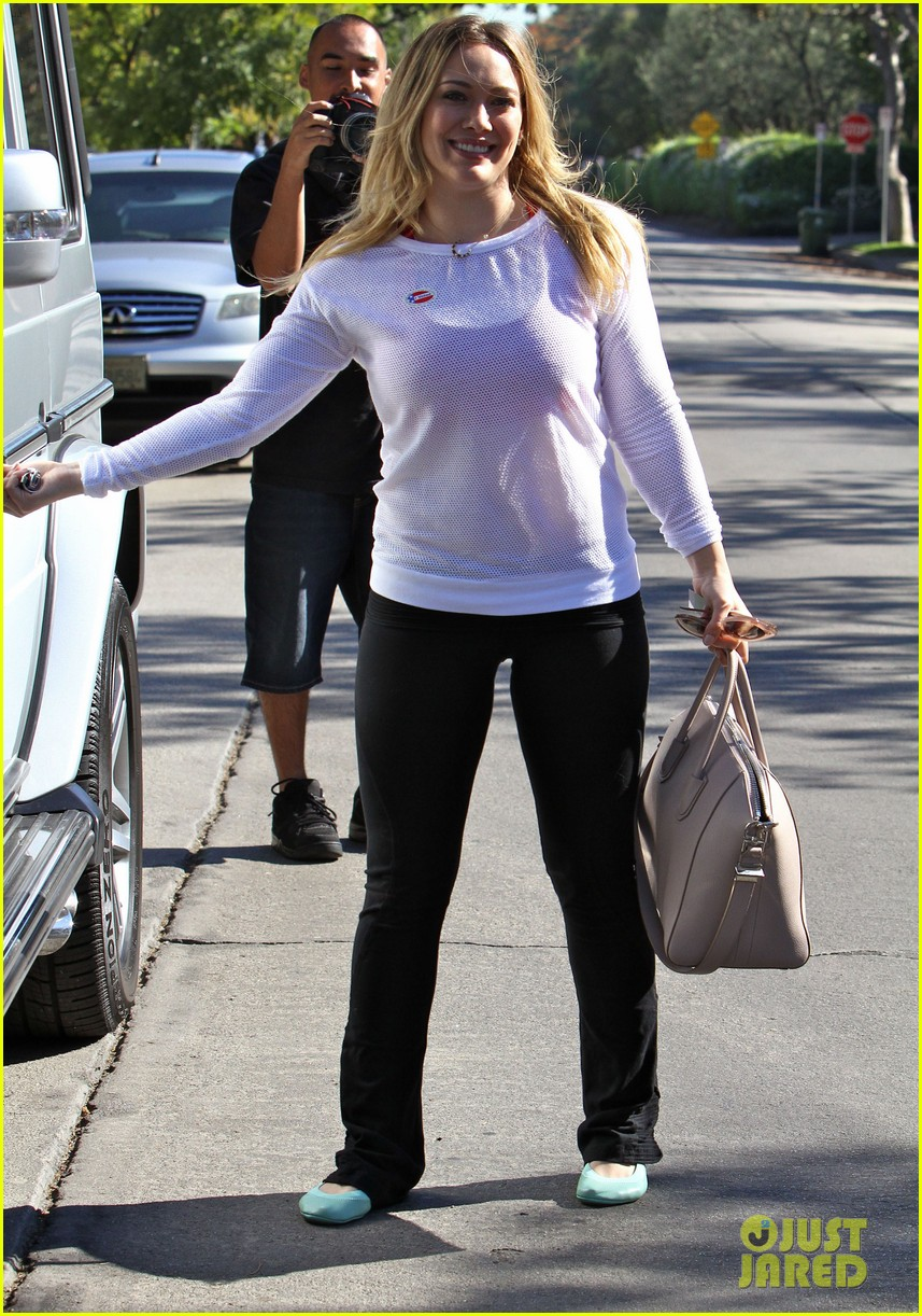 dianna agron hilary duff ladies who vote 192752132