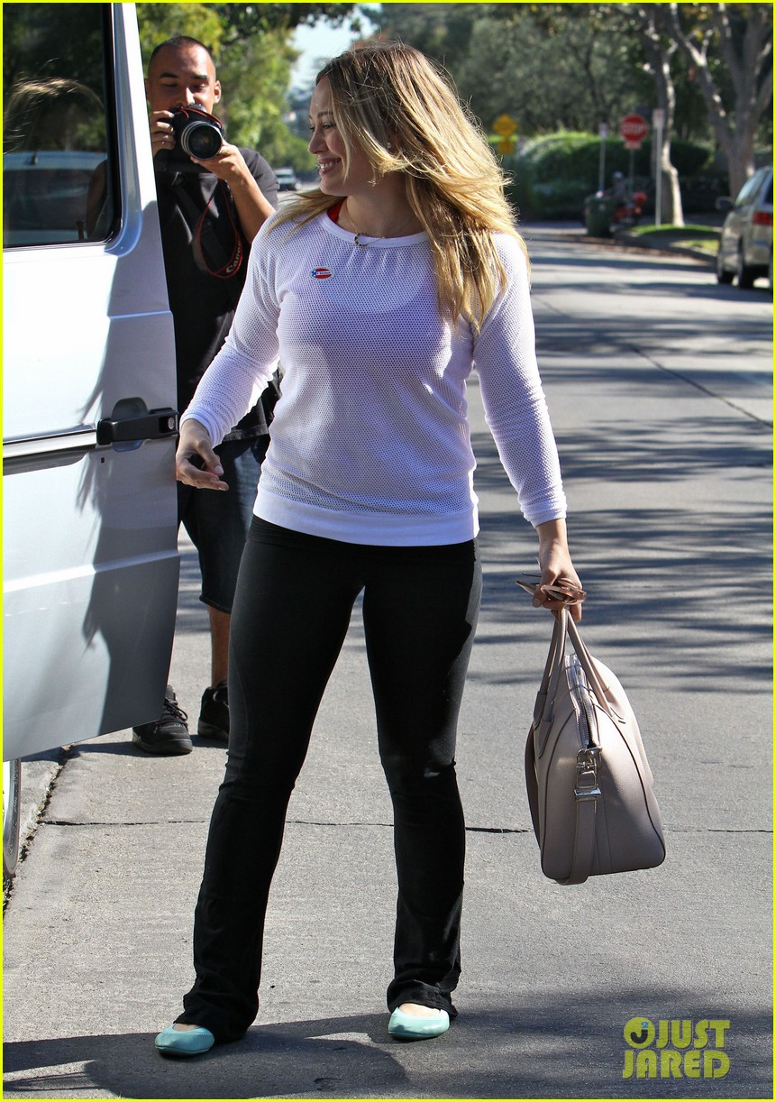 dianna agron hilary duff ladies who vote 20