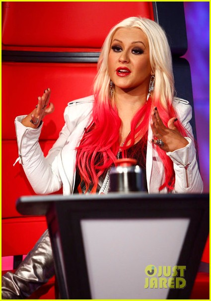 christina aguilera new song blank page listen now 012751477