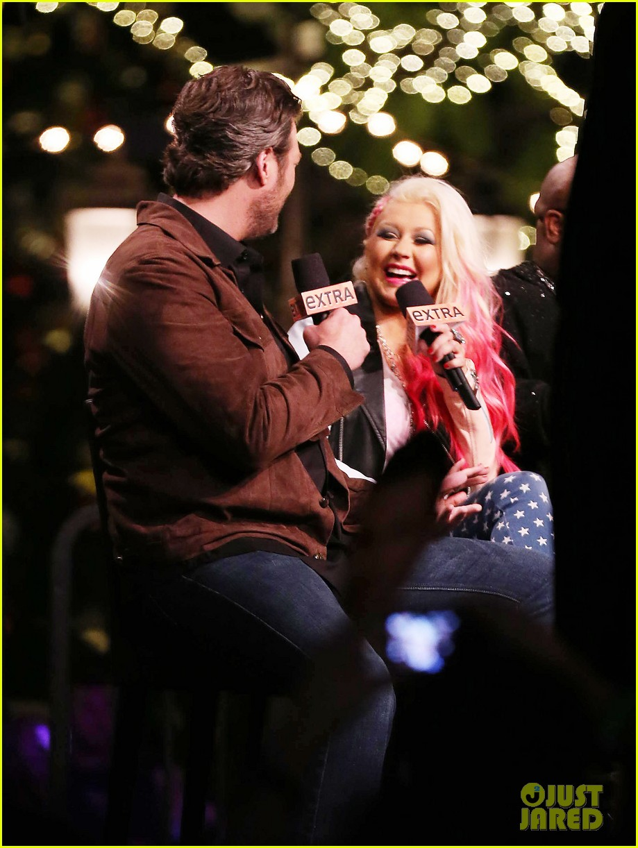 christina aguilera the voice at the grove 082751804
