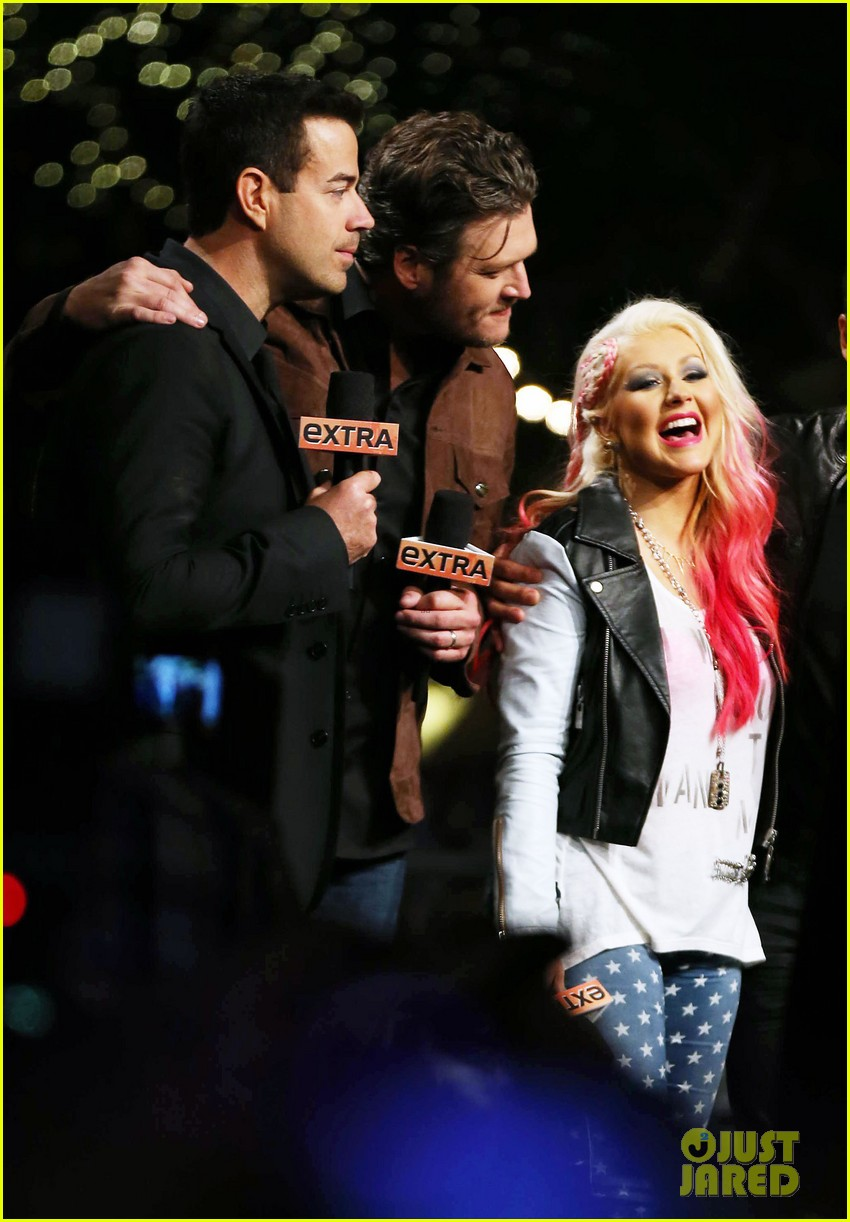 christina aguilera the voice at the grove 11