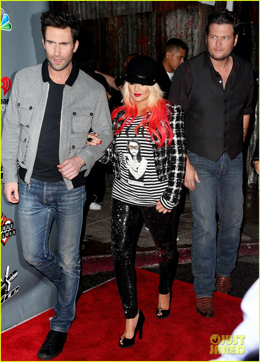 christina aguilera the voice final 12 party with adam levine 052754154