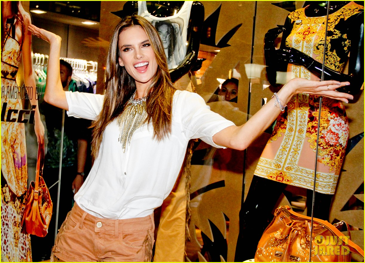 alessandra ambrosio colcci collection launch in rio 122759794