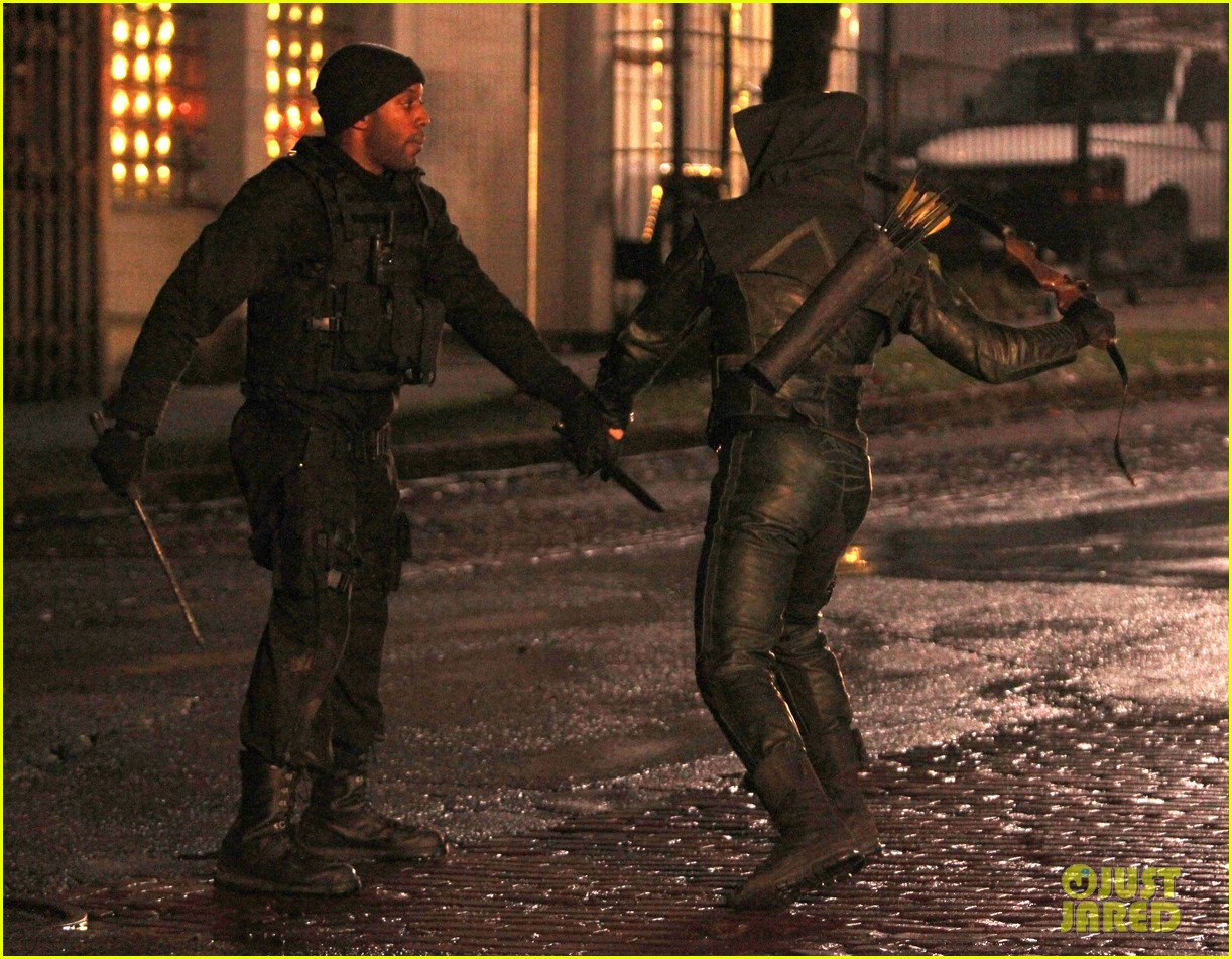 stephen amell arrow fight scenes 152758280