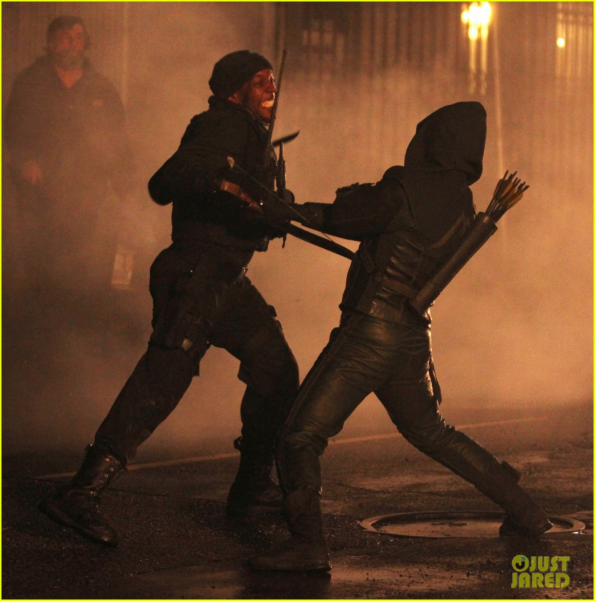 stephen amell arrow fight scenes 26