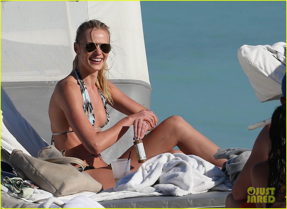 anne v dual bikinis in miami beach 142763398