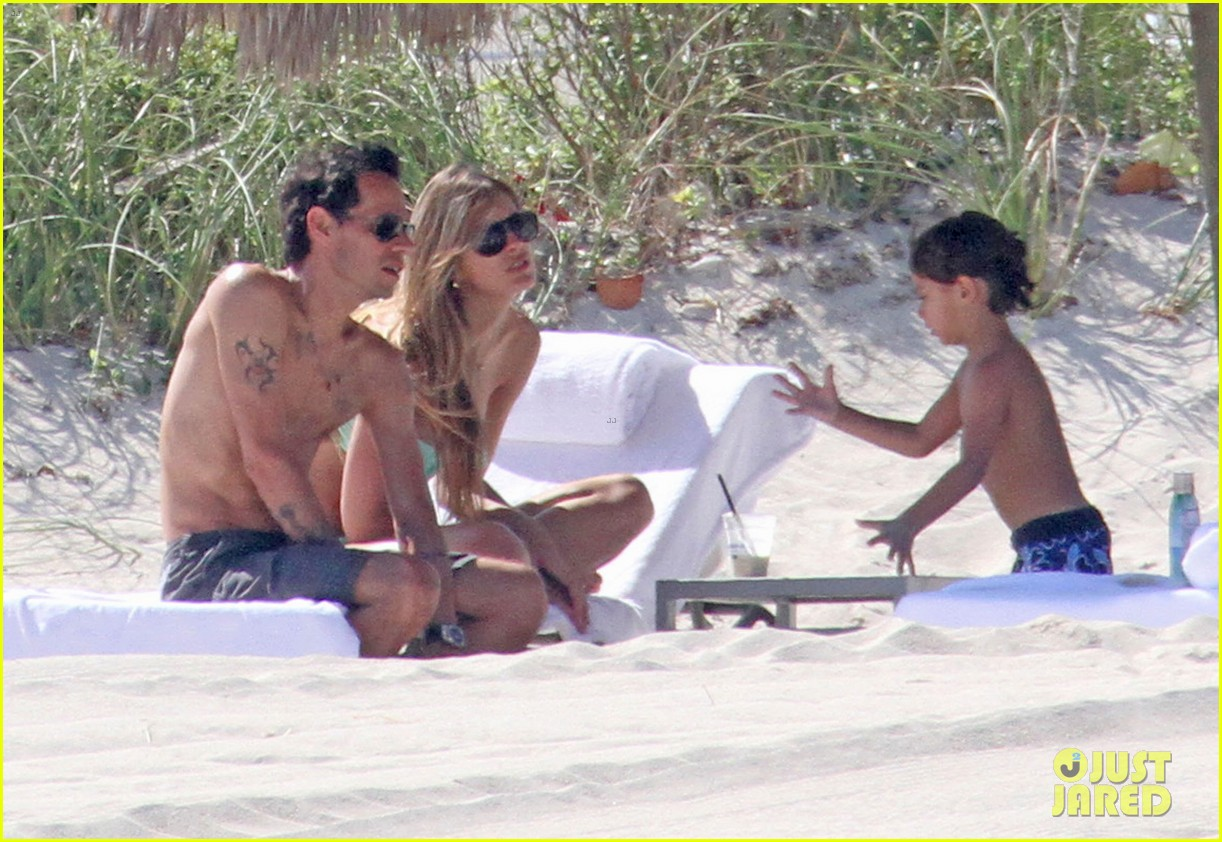 marc anthony shirtless with shannon de lima the twins 052753911
