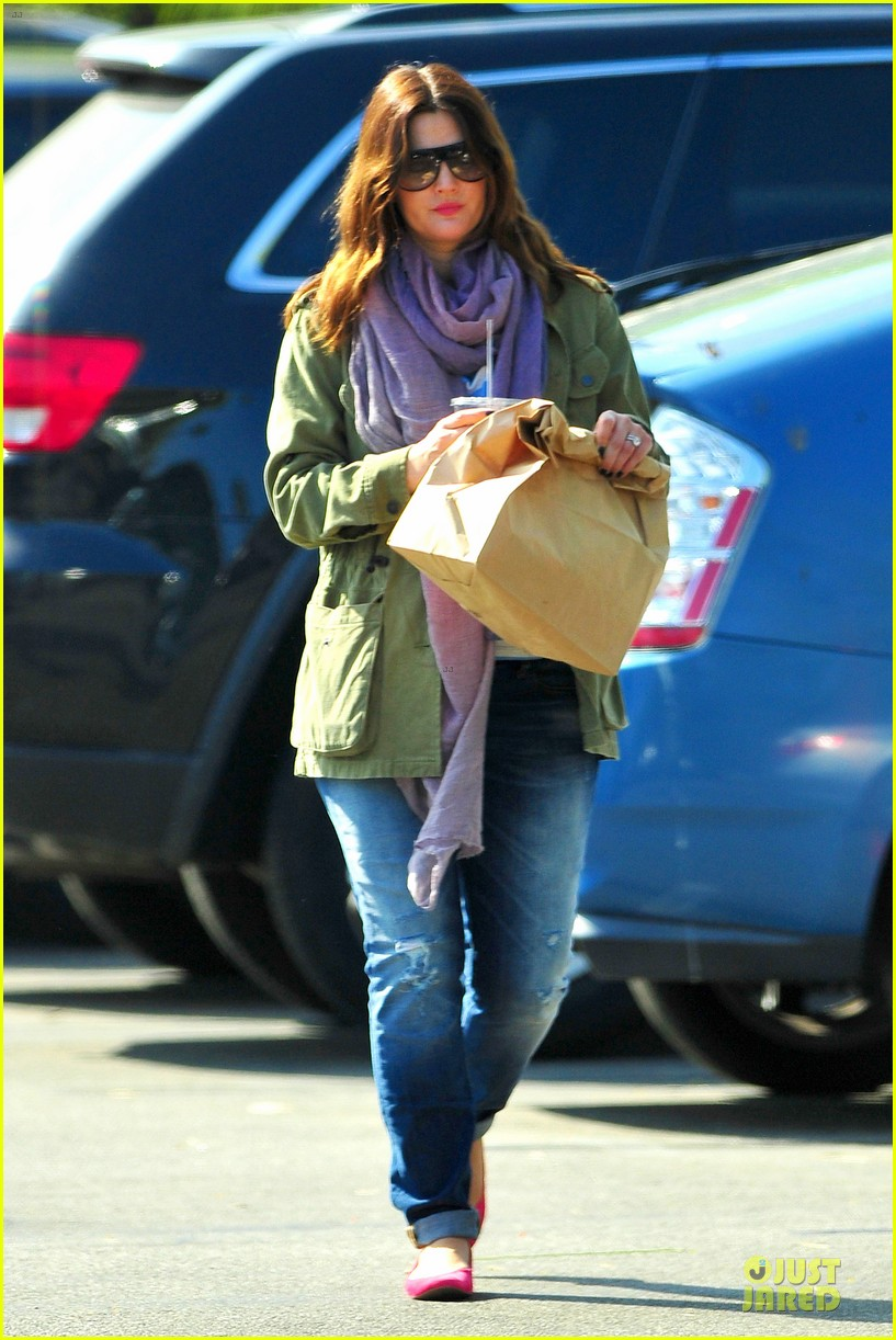 drew barrymore culver city lunch stop 01