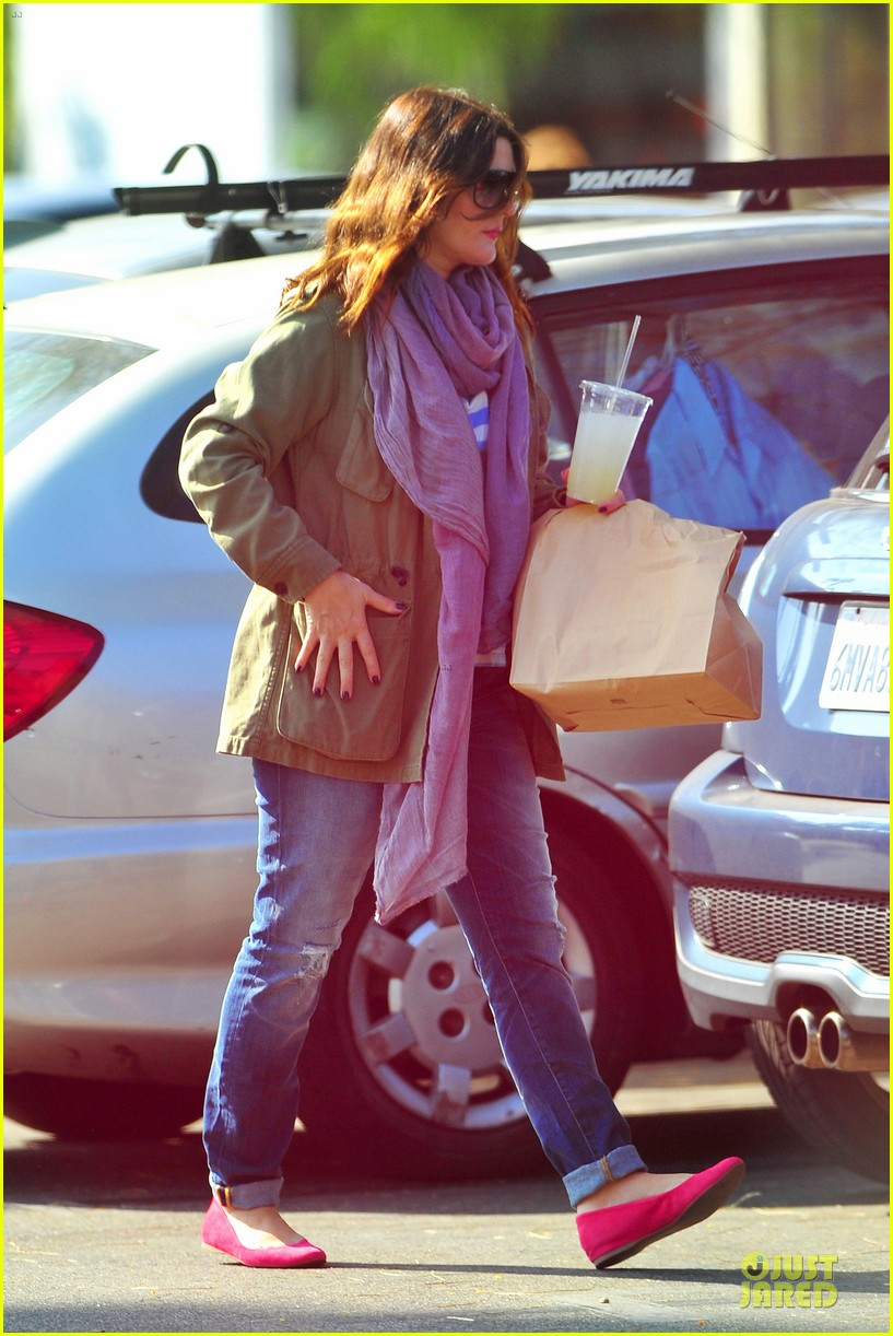 drew barrymore culver city lunch stop 05
