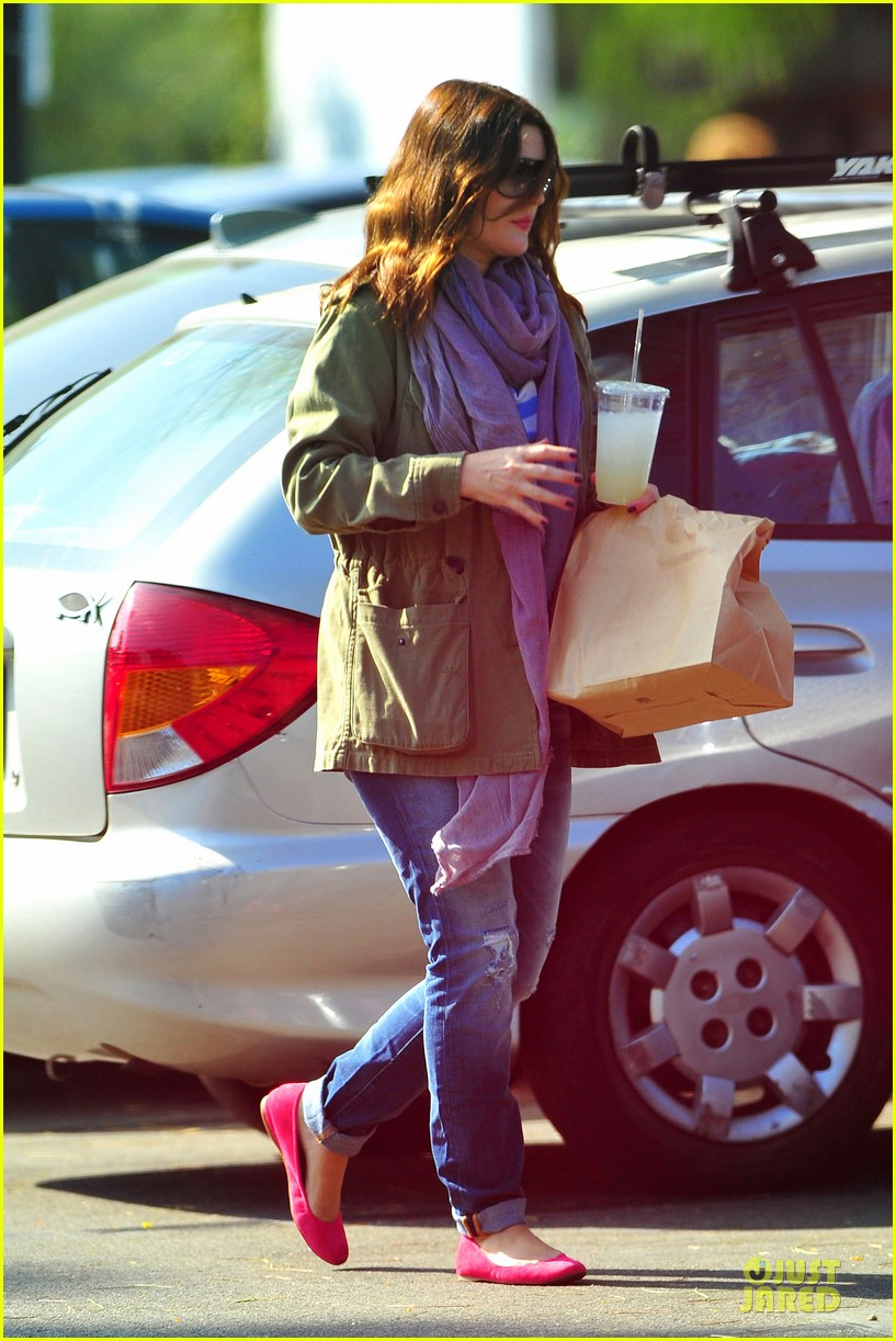 drew barrymore culver city lunch stop 13