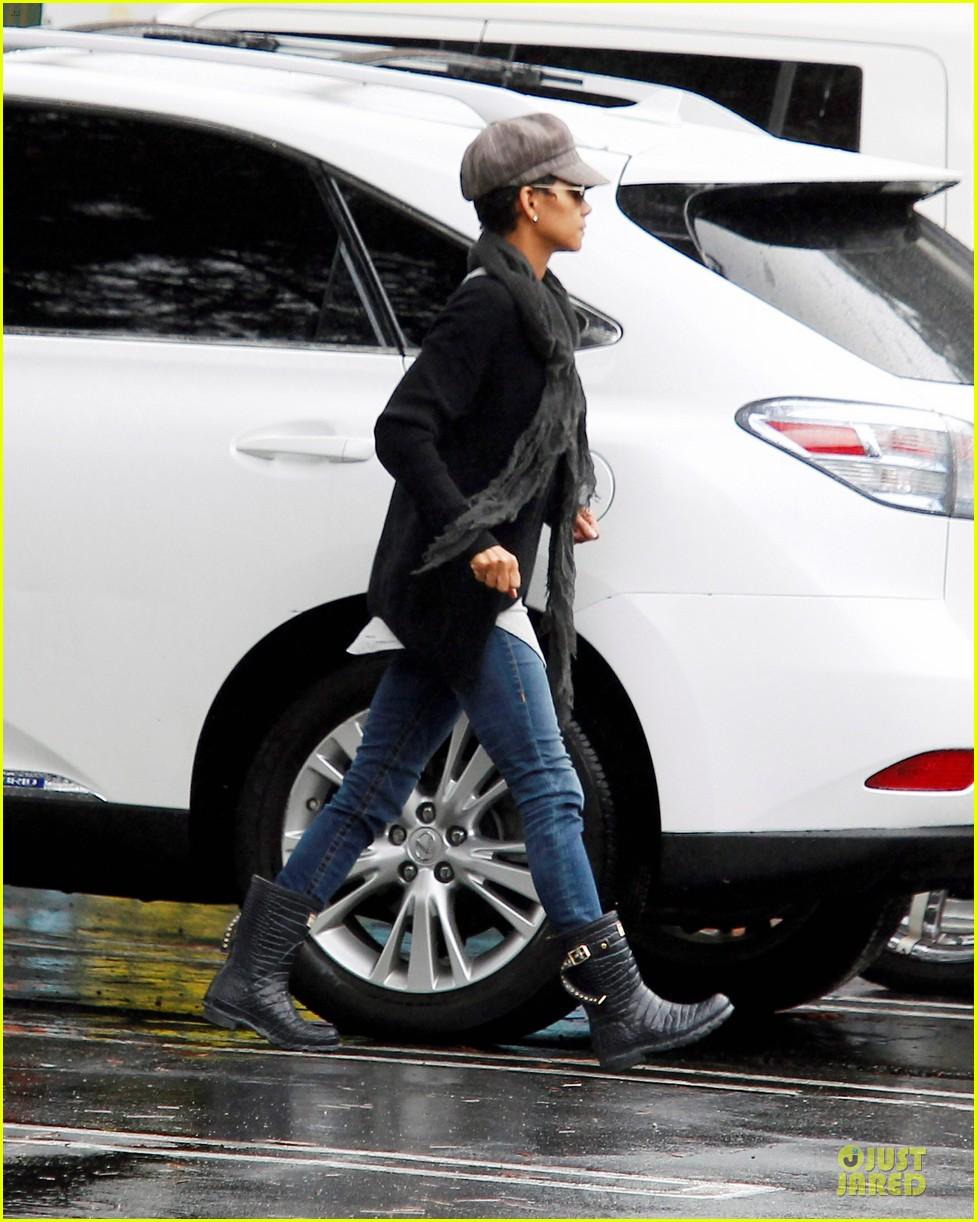 halle berry amicable agreement with gabriel aubry 022766908