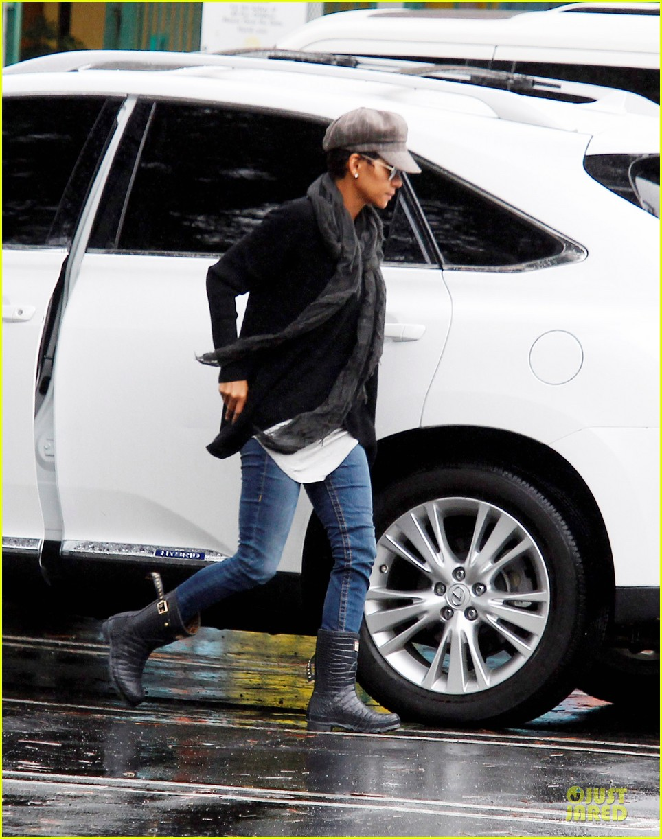 halle berry amicable agreement with gabriel aubry 112766917