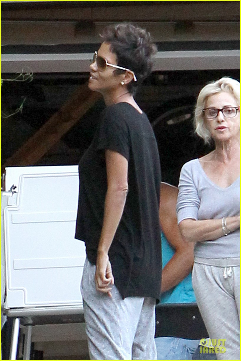halle berry presidential election chat 042752272