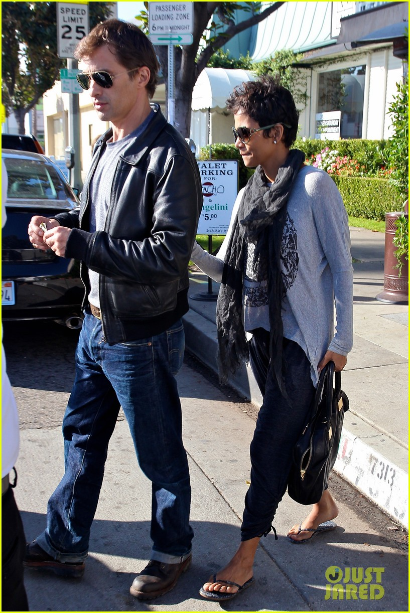 halle berry olivier martinez early thanksgiving party nahla aubry 222762292