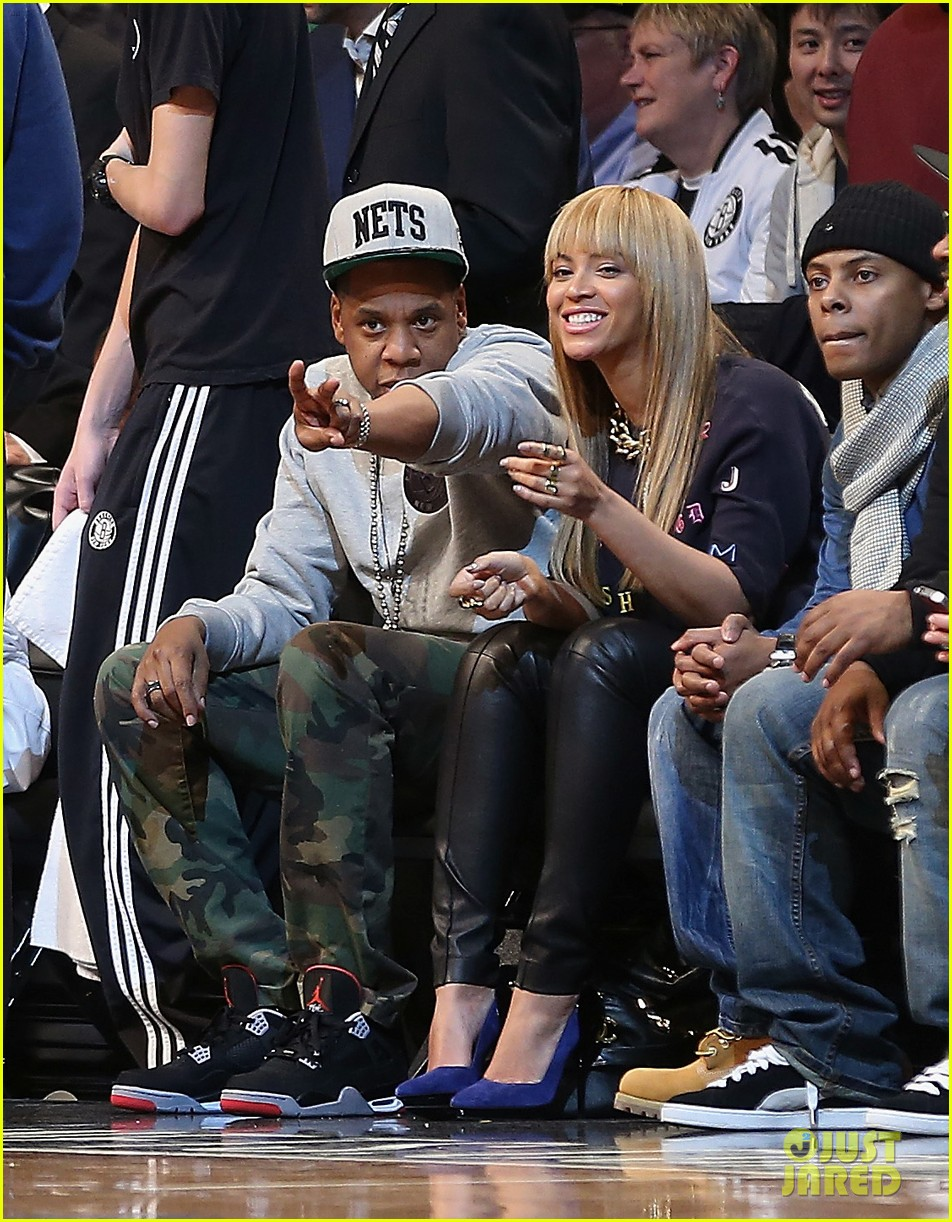 beyonce jay z nets vs knicks game at barclays center 012764502